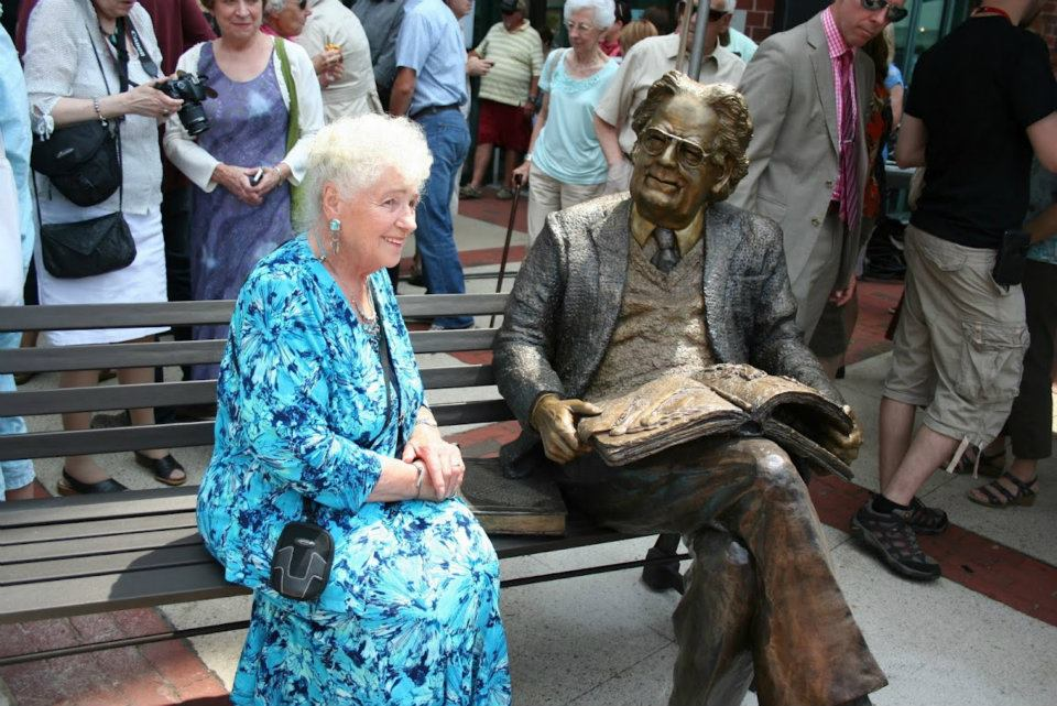 unveiling Northrop Frye my Aunt Beatricephoto by Peter Thomas