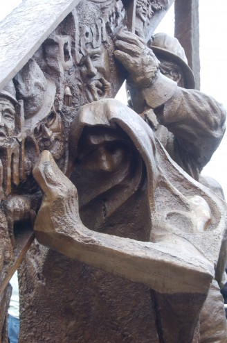 9f April 28 day of mourning workers monument detail1